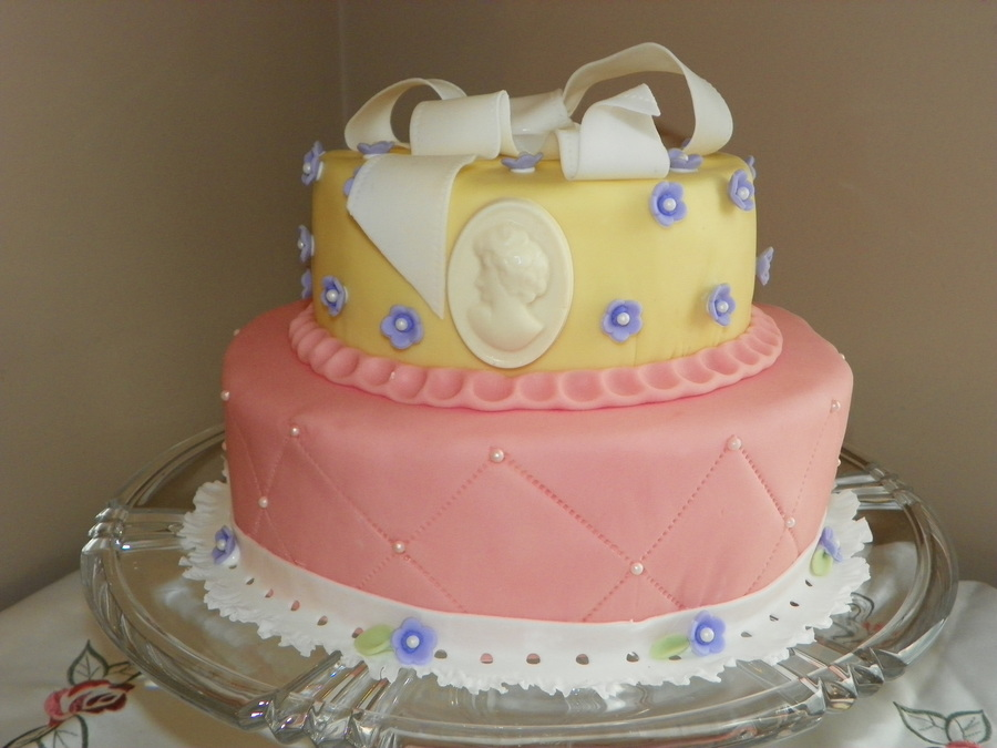 Lemon Cakes In Fondant With A Bow