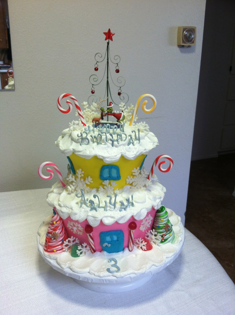 grinch christmas whoville birthday cake   cakecentral