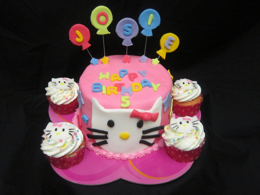 Hello Kitty Birthday Cake  on Cake Central