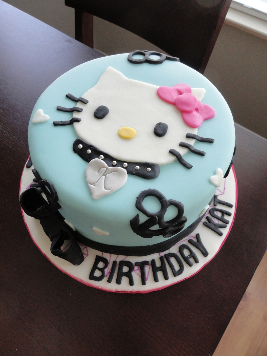 Brass Knuckle Hello Kitty on Cake Central