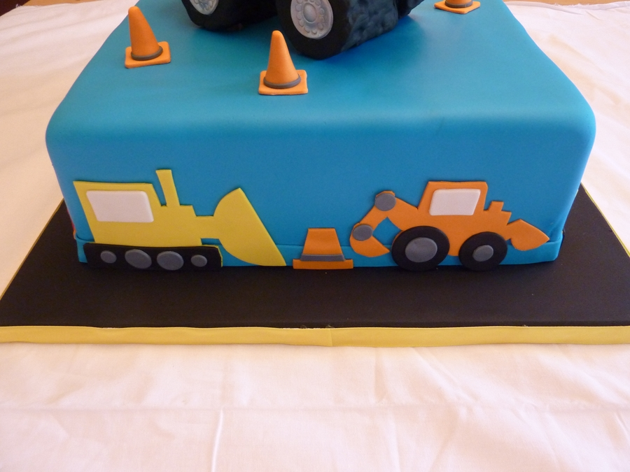 Dump Truck First Birthday CakeCentralcom