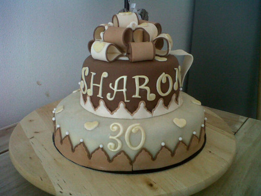 Sharon 30 Years Old!!! on Cake Central