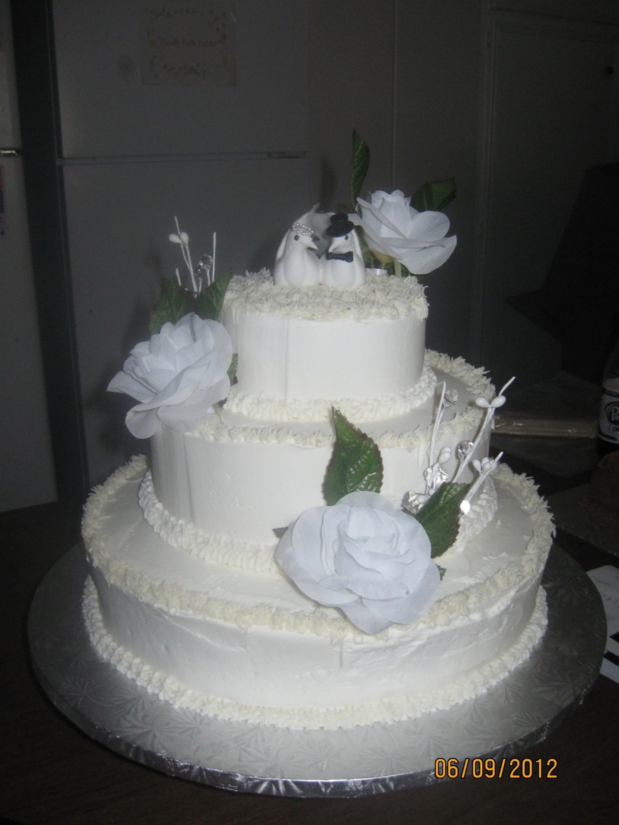 3 Tier Round Wedding Cake - CakeCentral.com