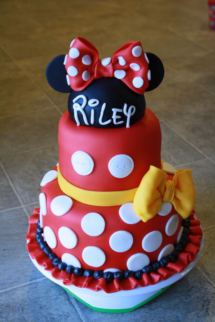 Minnie Amp Mickey Mouse Cake Cakecentral Com