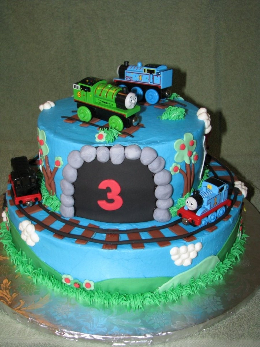 Thomas Friends Birthday Cake CakeCentralcom