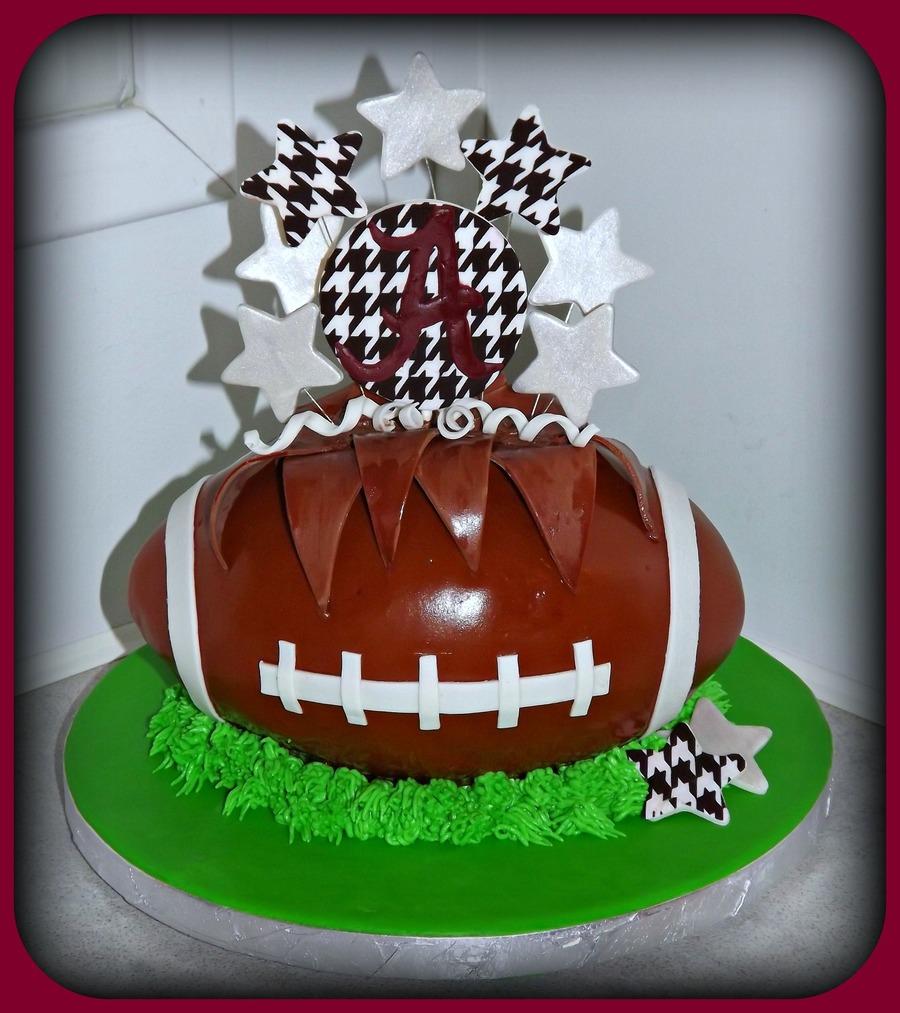 Roll Tide Alabama Crimson Tide Football Cake CakeCentralcom