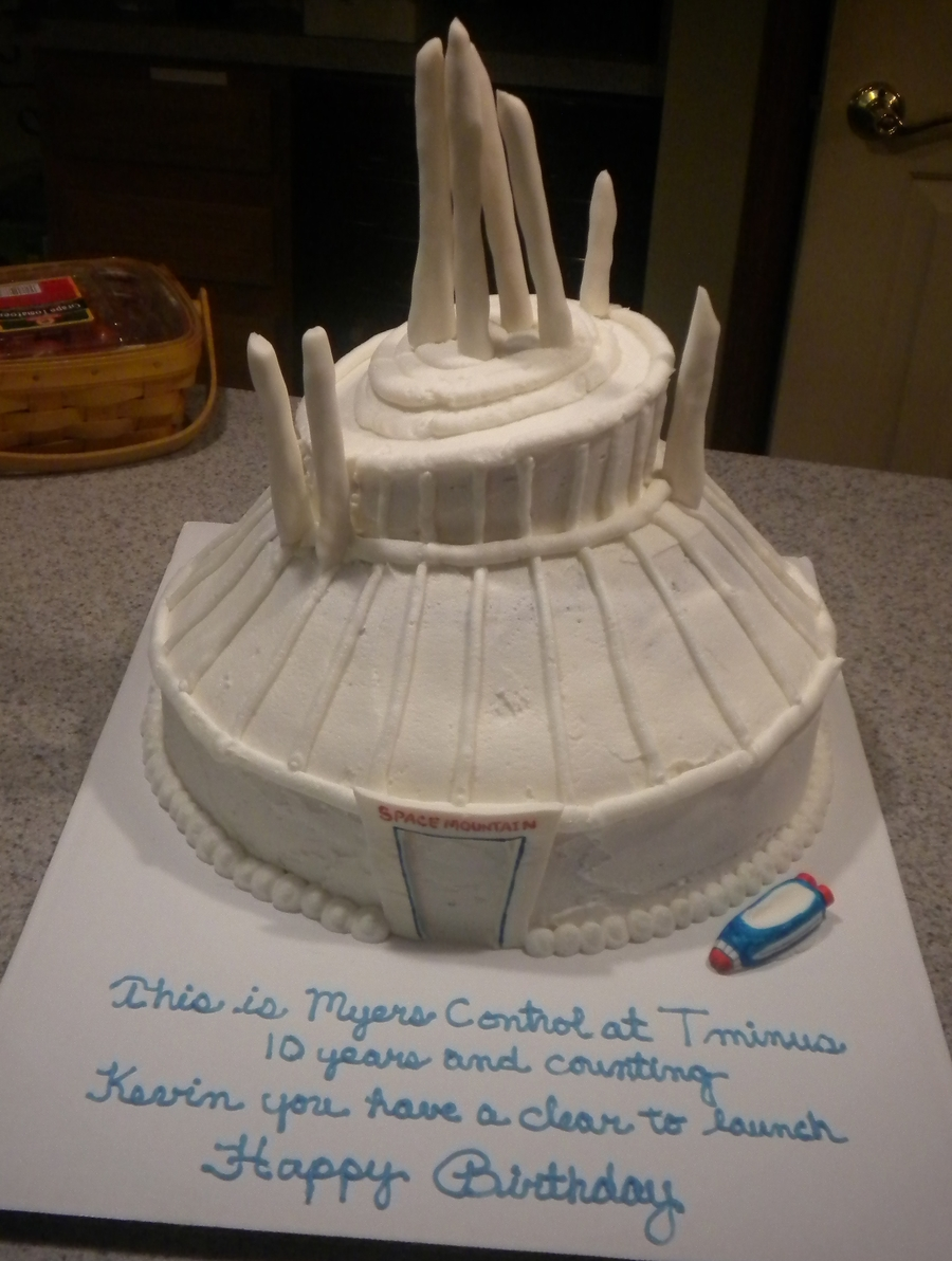 Space Mountain on Cake Central