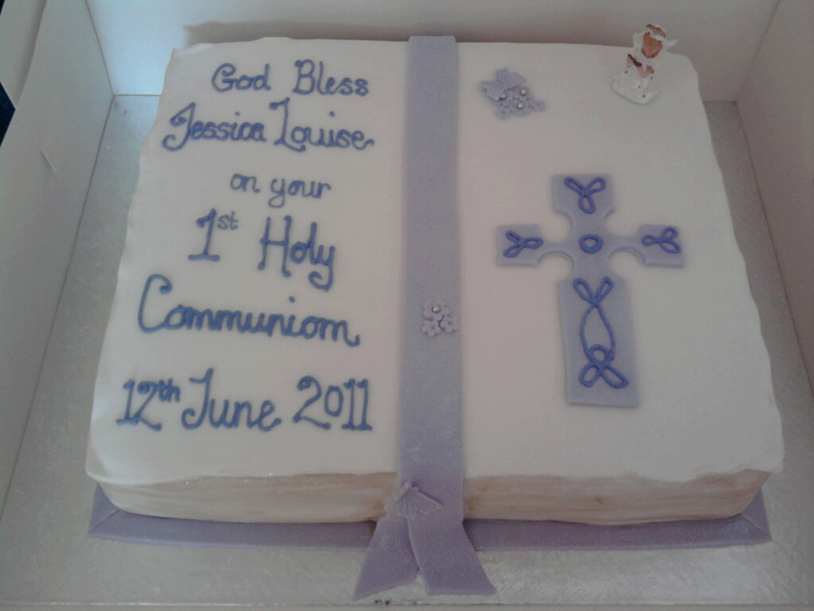 Purple And White Bible With Lots Of Sparkle on Cake Central