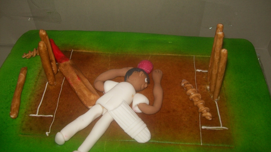 Cricket on Cake Central