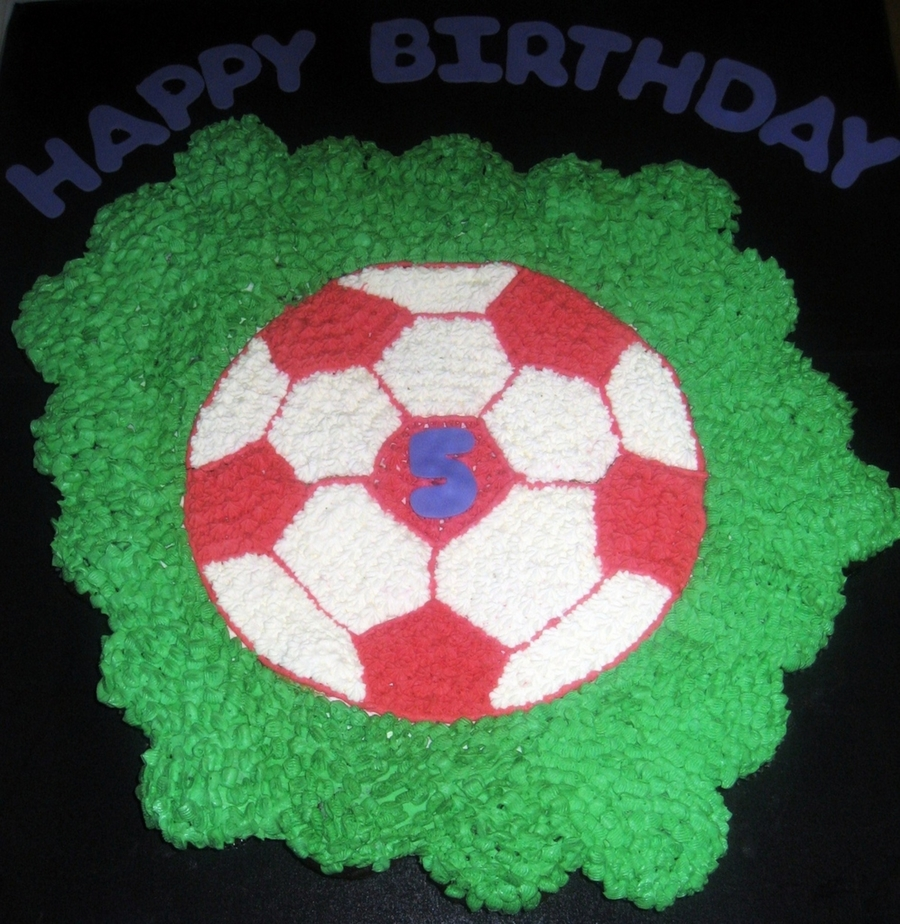 Soccer Cupcake Pull Apart Cake on Cake Central