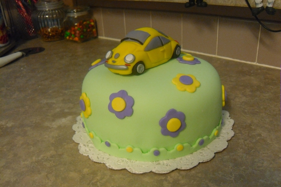 Punch Buggy Yellow,gotcha!! on Cake Central