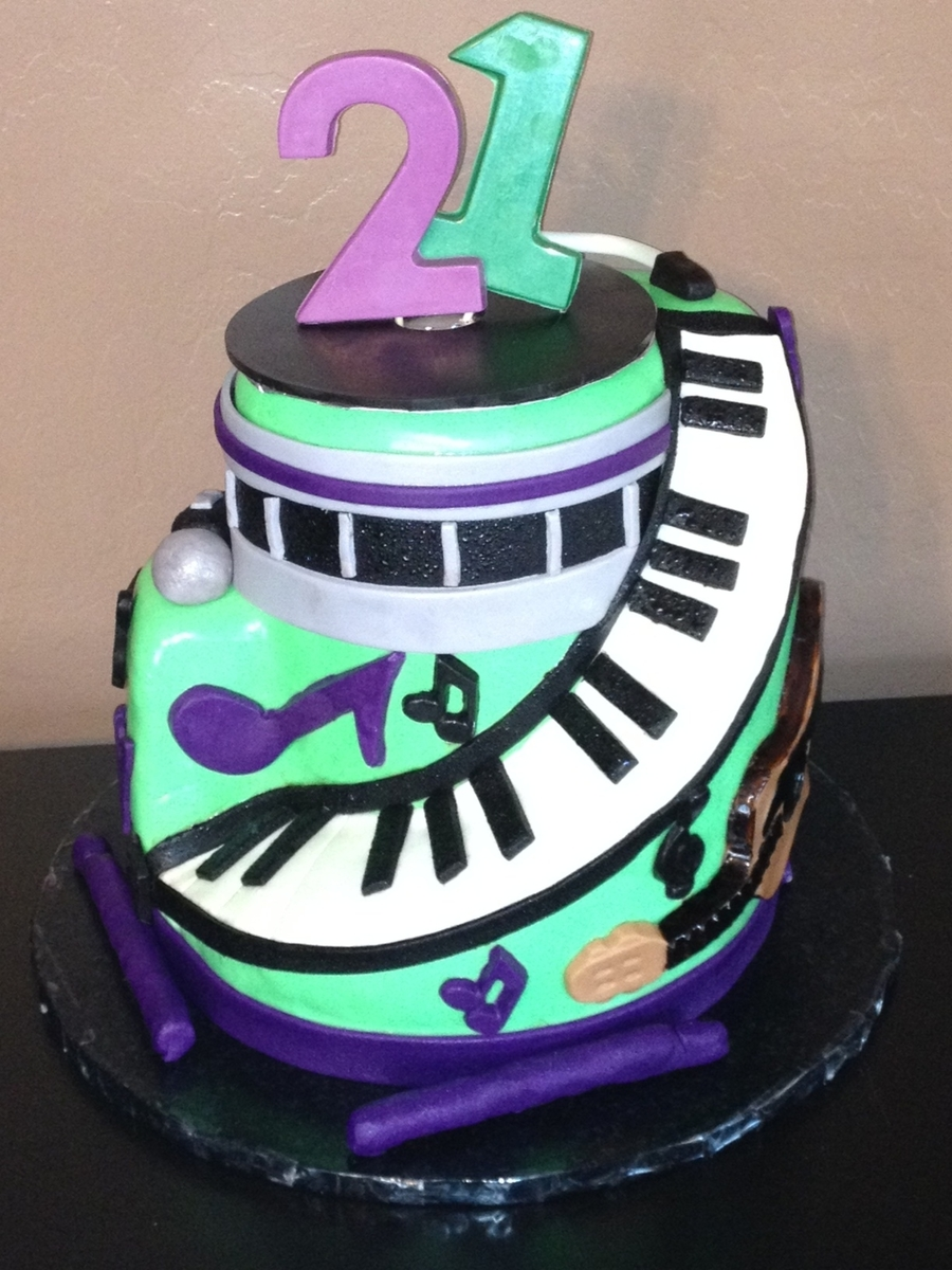 Music Cake on Cake Central