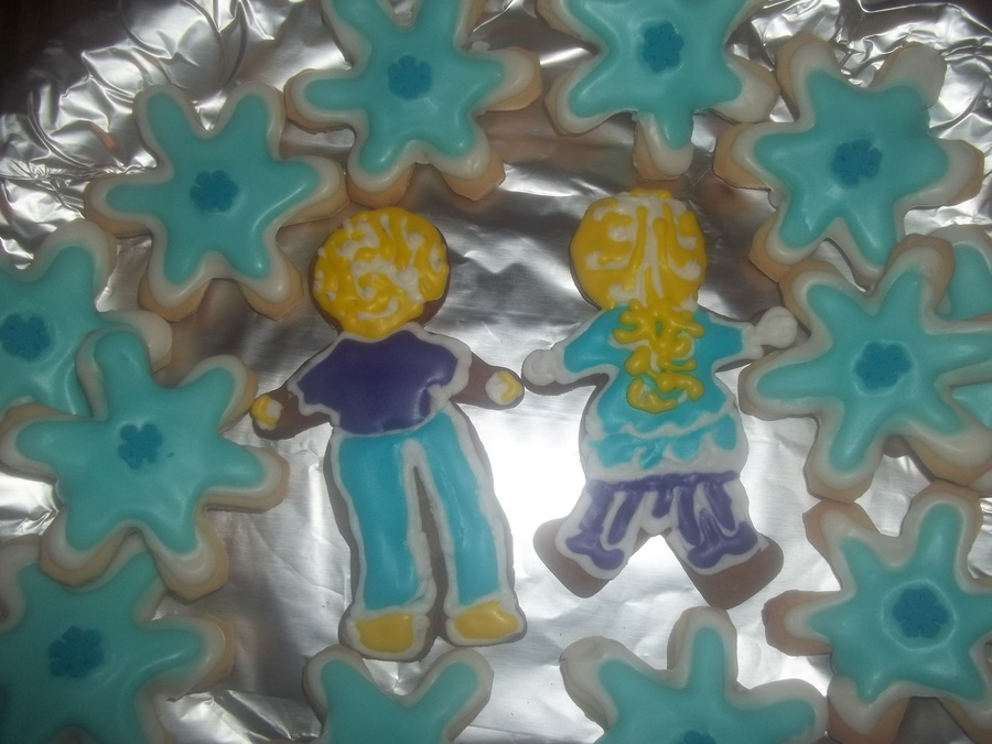 Back Side Of A Gingerbread Person Will Look Awesome With Gingerbread House on Cake Central