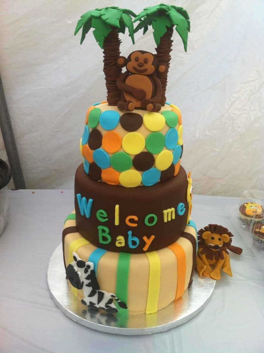 baby shower safari cake