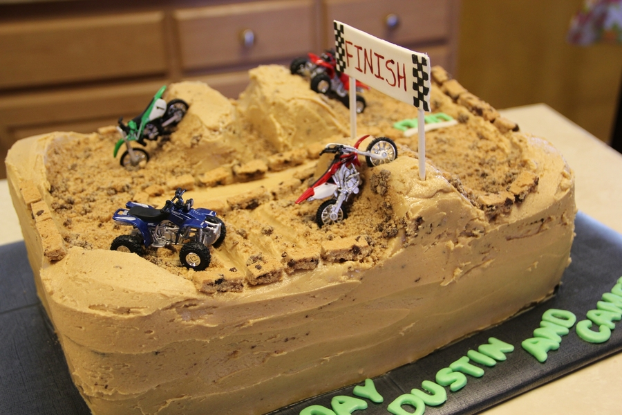 Cake Decorating Dirt Bike Track : Dirt Bike Track - CakeCentral.com