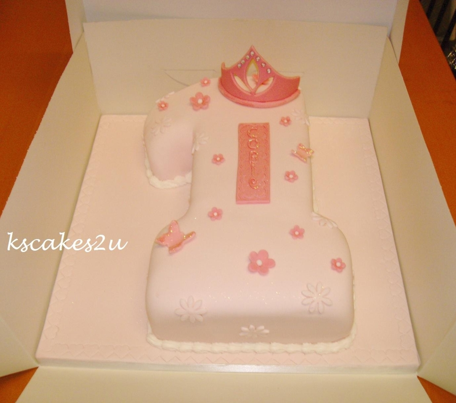 No 1 Shaped Birthday Cake on Cake Central
