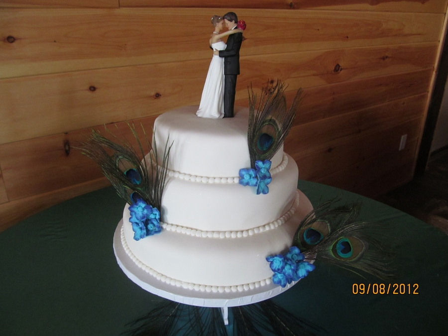 Peacock/hydrangea Wedding on Cake Central