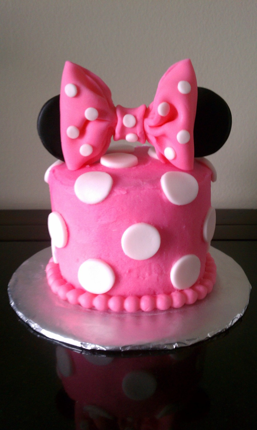 Terrific Minnie Mouse 1St Birthday Smash Cake Cakecentral Com Personalised Birthday Cards Veneteletsinfo