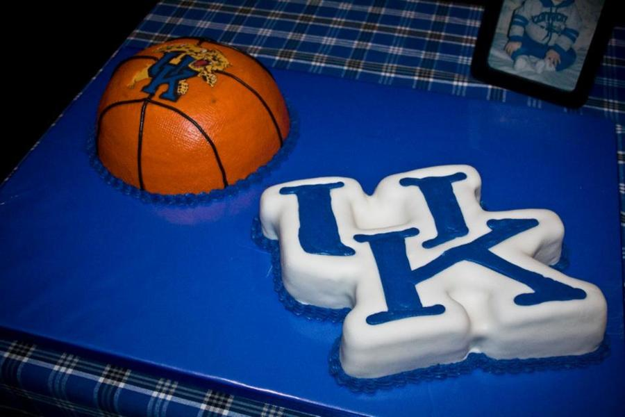 University Of Kentucky Grooms Cakes on Cake Central