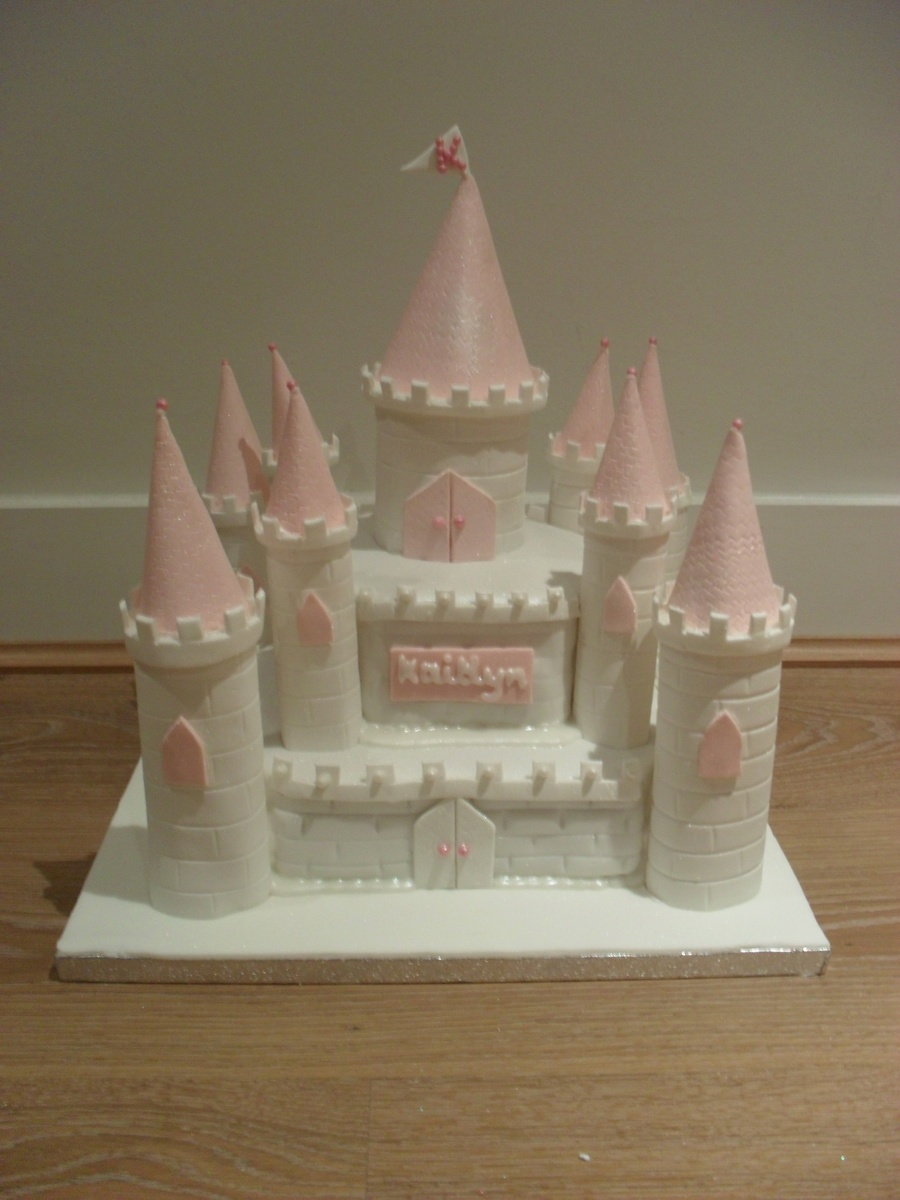 Fairytale Castle  on Cake Central