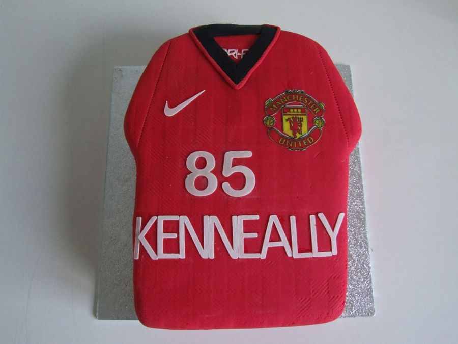 Manchester United Shirt  on Cake Central