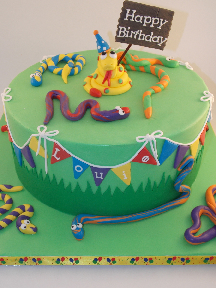 Fabulous Snake Birthday Cake Cakecentral Com Funny Birthday Cards Online Aboleapandamsfinfo