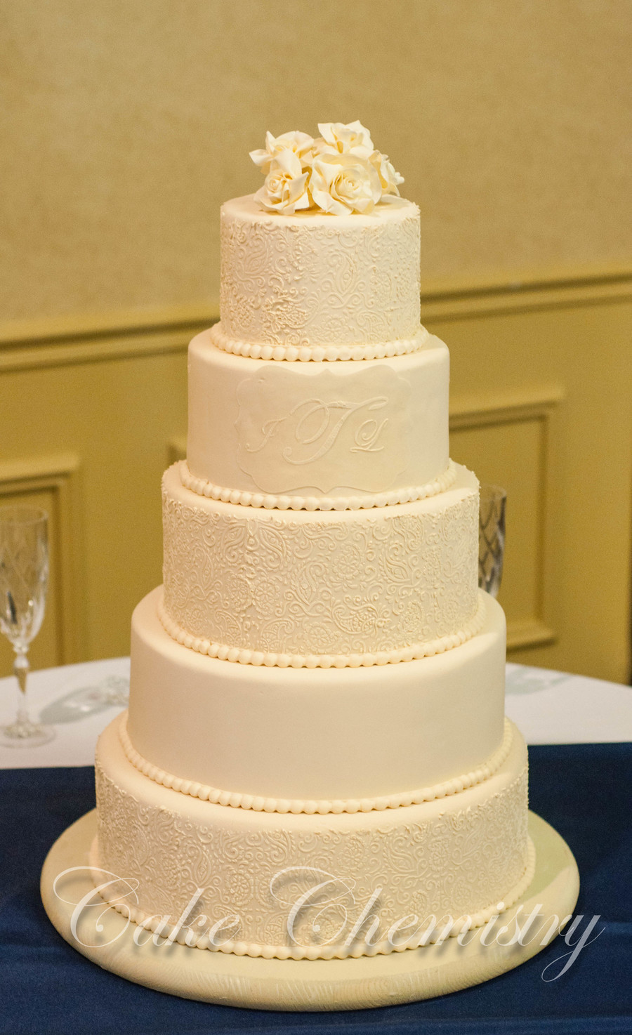 5 tier wedding cake 5 tier ivory paisley wedding cake cakecentral 10462