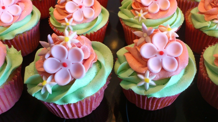 Cupcake Decorating Blog