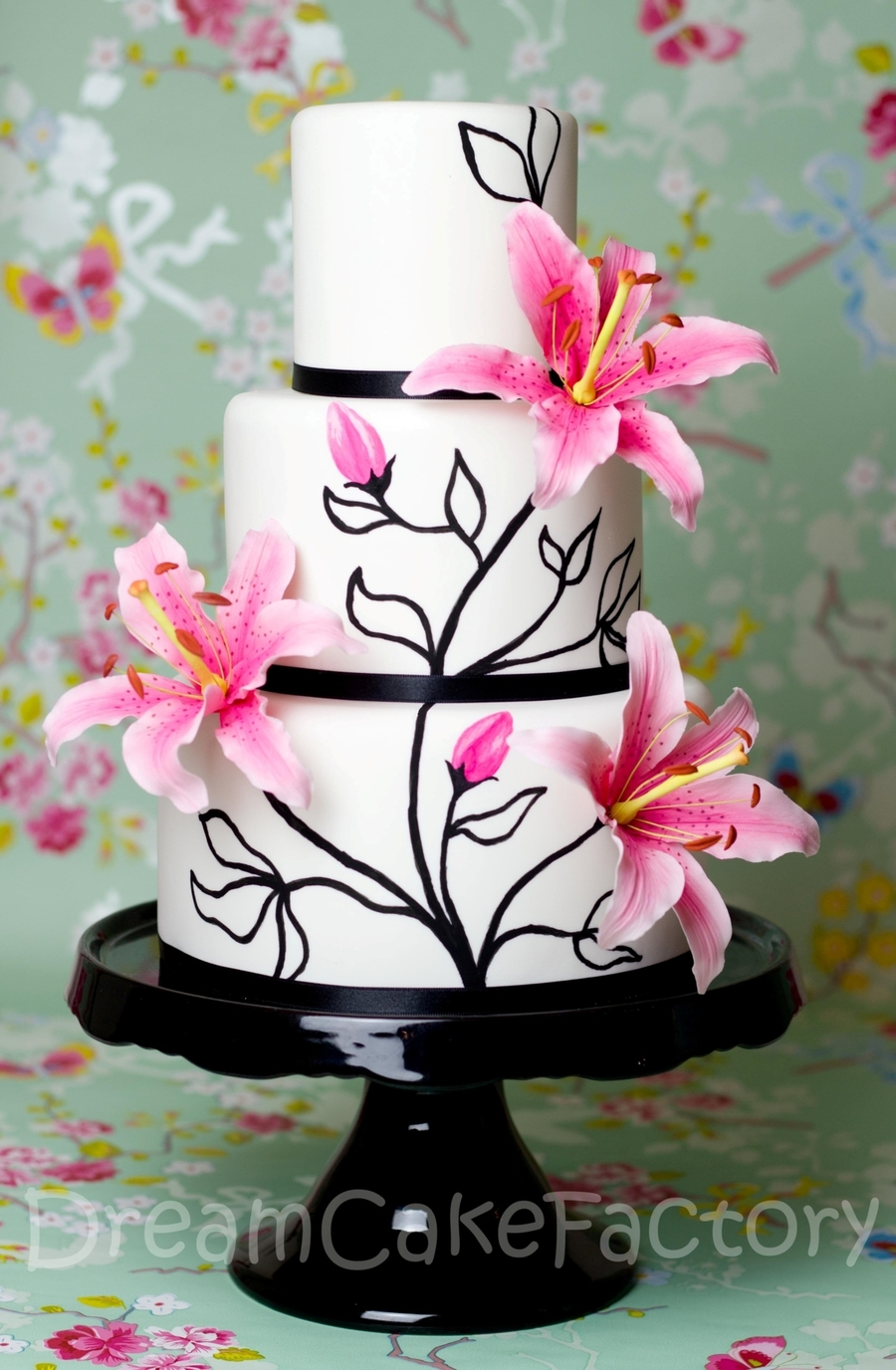 Pink Lilies On A Black And White Cake Cakecentral Com