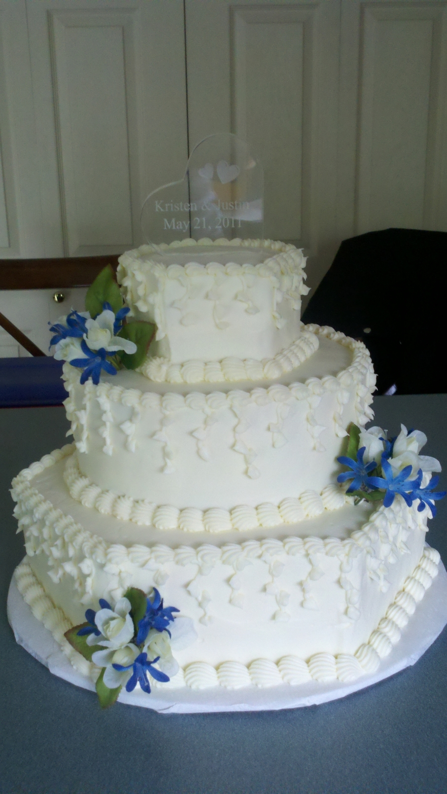 A Very Hot May Day Wedding on Cake Central
