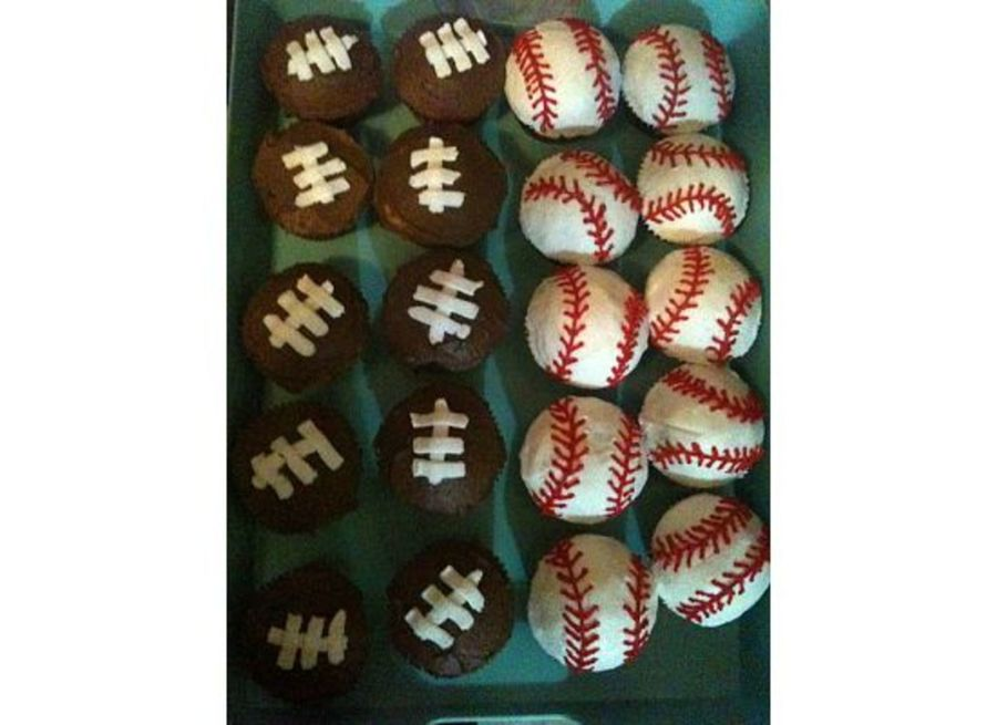 Football/baseball on Cake Central