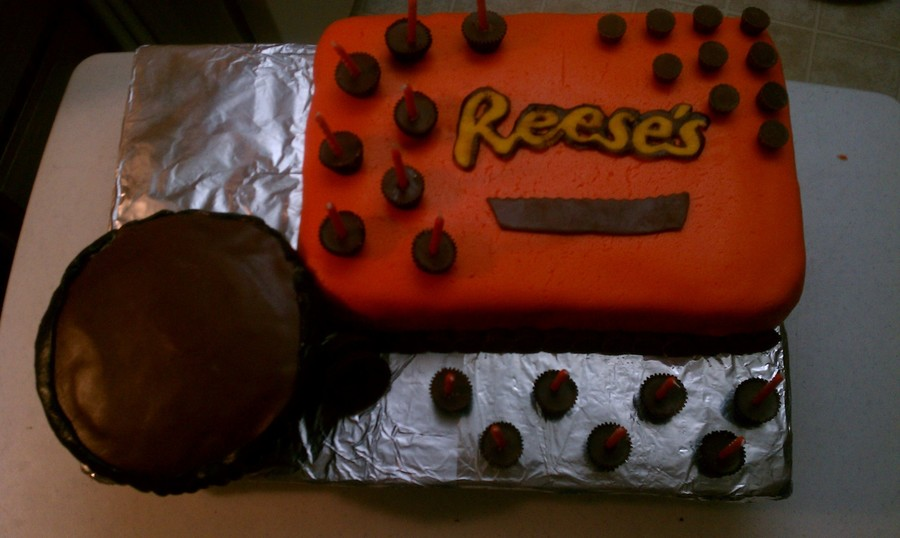 Reese's Peanut Butter Cup Cake on Cake Central