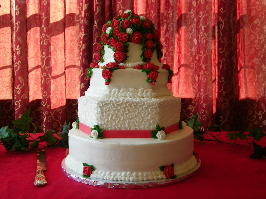Rose Trellis Cake on Cake Central