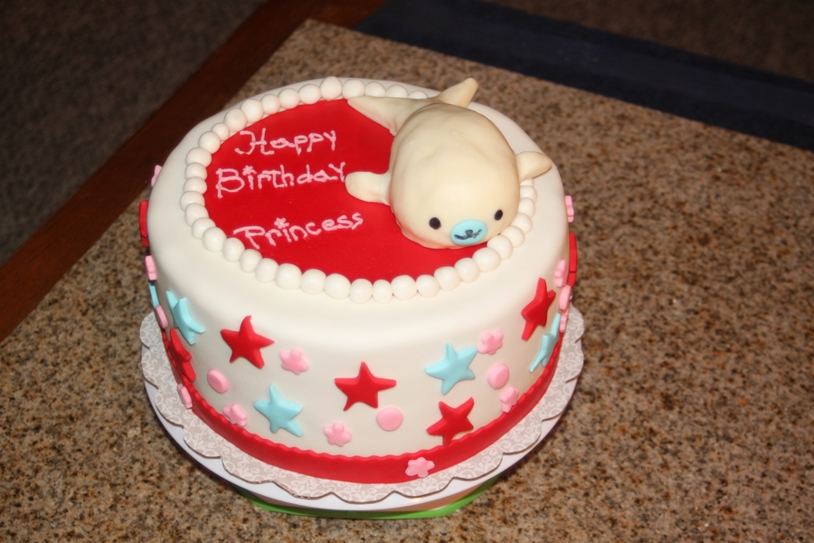 Adorable Whale on Cake Central