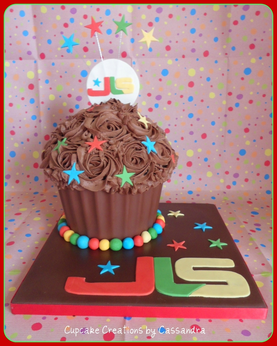 Jls Giant Cupcake on Cake Central