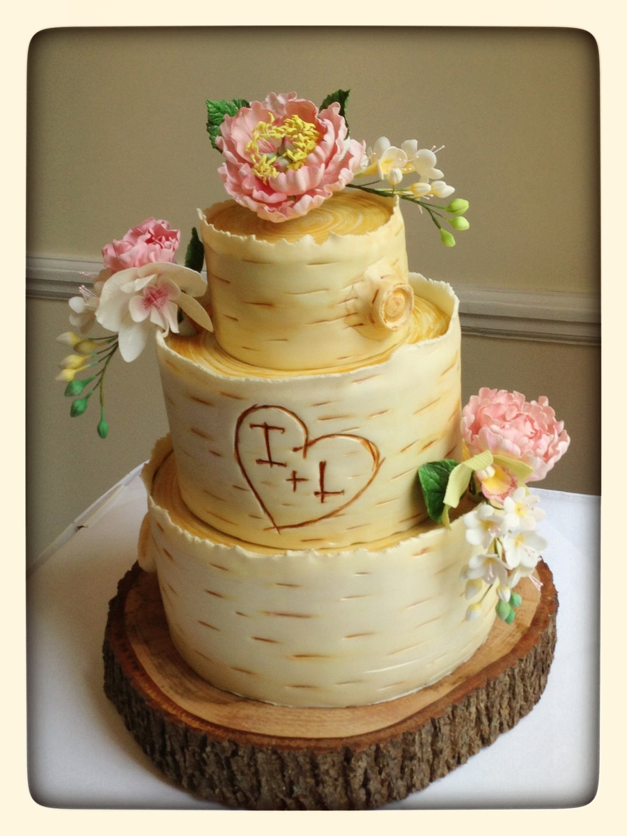 Woodland Wedding Cake, Inspired By The Super Fantastic Kasie Lackey ...