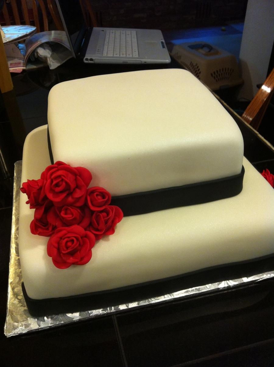Black & White Wedding Cake - CakeCentral.com
