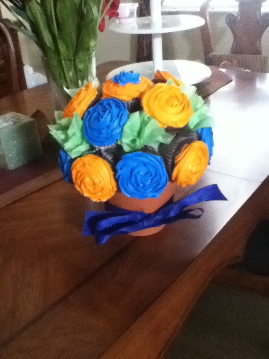 Cupcake Bouquet Florida Gator's on Cake Central