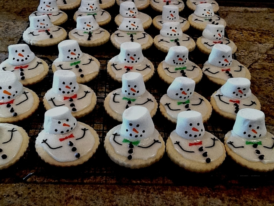 Melted Snowman Cookies on Cake Central