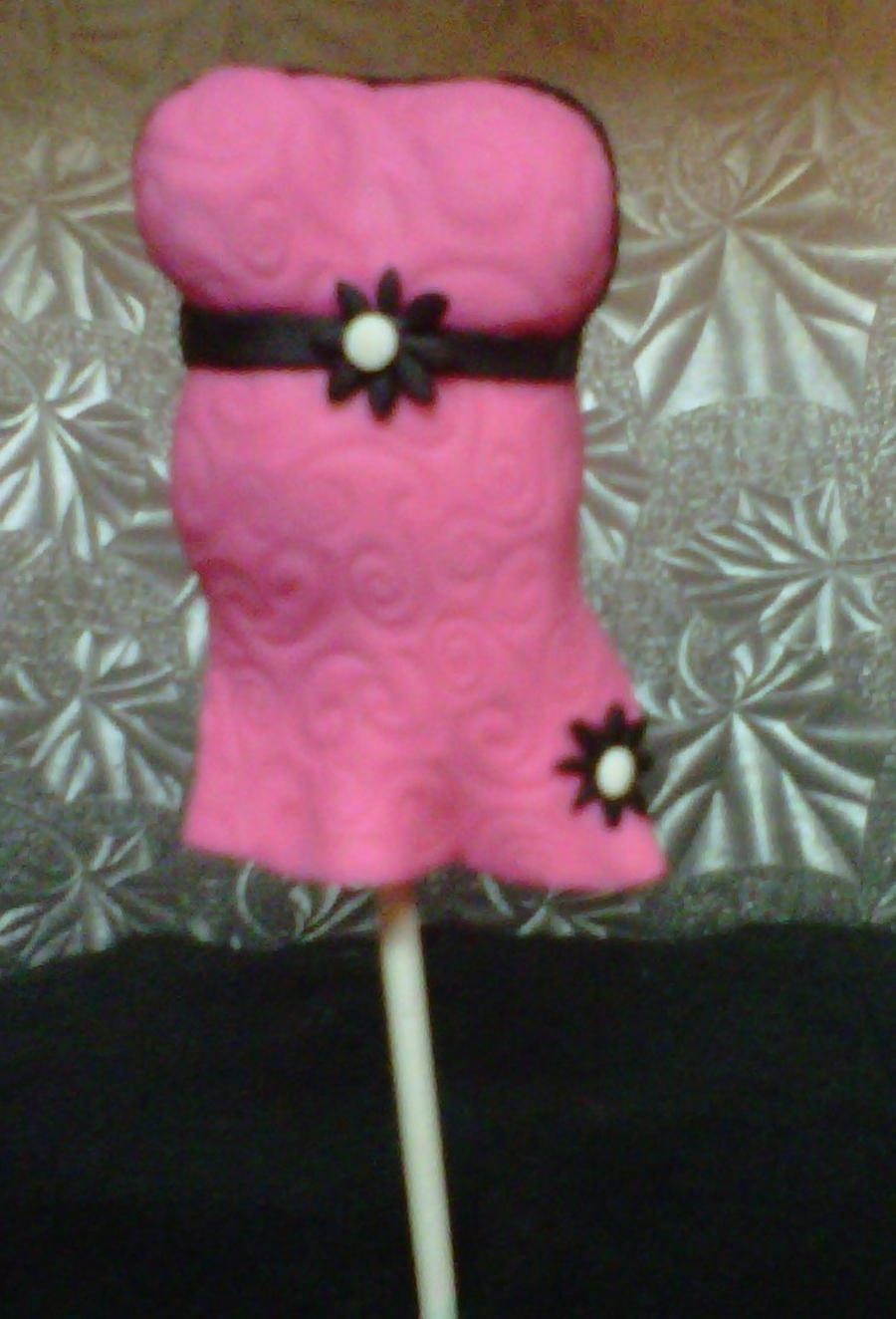 Baby Bump Cake Pop  on Cake Central
