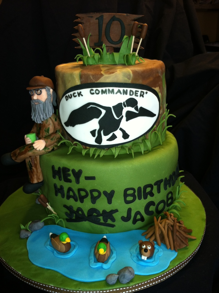 Peachy Duck Dynasty Uncle Si Birthday Cake Cakecentral Com Personalised Birthday Cards Veneteletsinfo