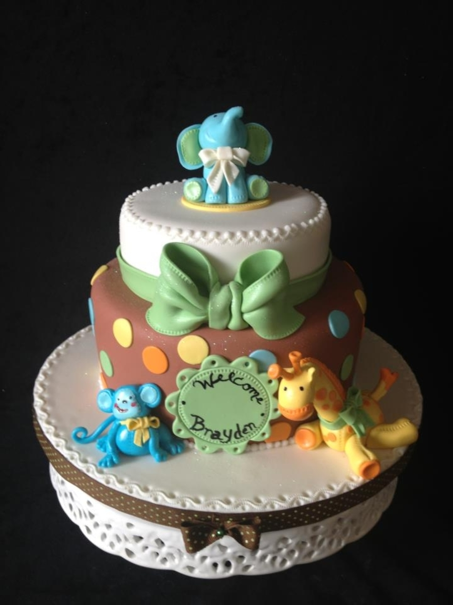 quilted baby jungle animals cake