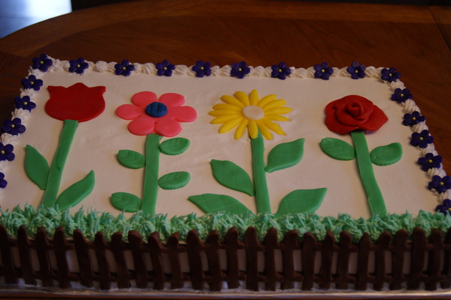 Simple Garden Cake Design Makes Me Think Of A Childs Drawing D on Cake Central