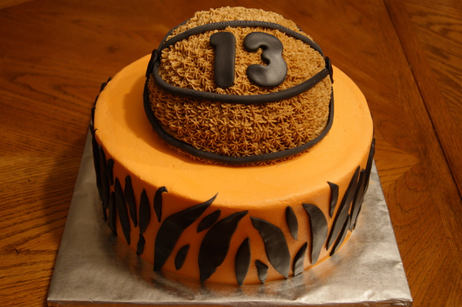 Tigers Basketball For A Boy Turning 13  on Cake Central