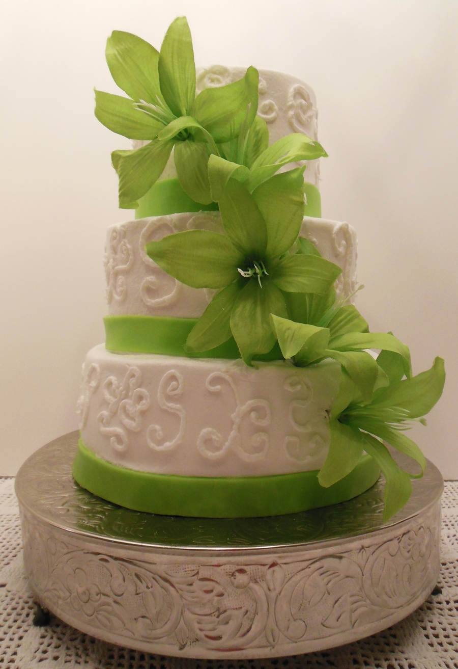 lime green and orange wedding cakes lime green and white wedding cake cakecentral 16898