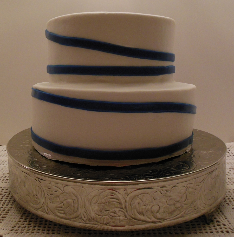 Bride To Provide Marine Topper on Cake Central