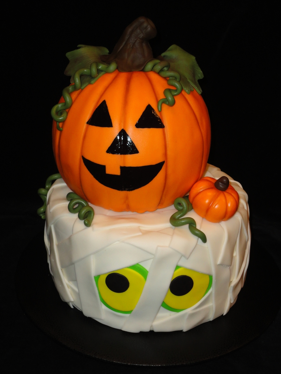 Pumpkin Cake Decorating Pictures
