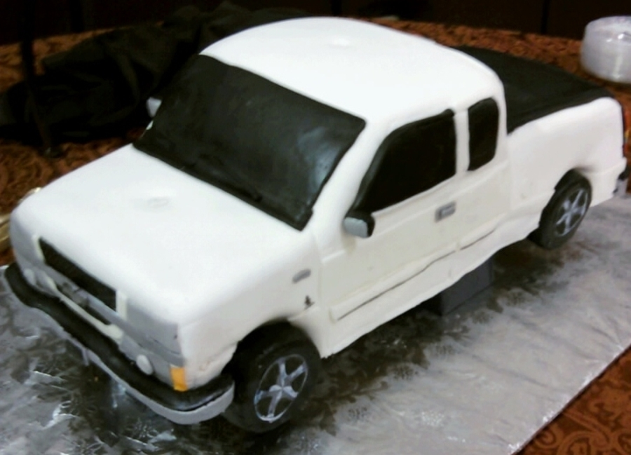 3D Truck on Cake Central
