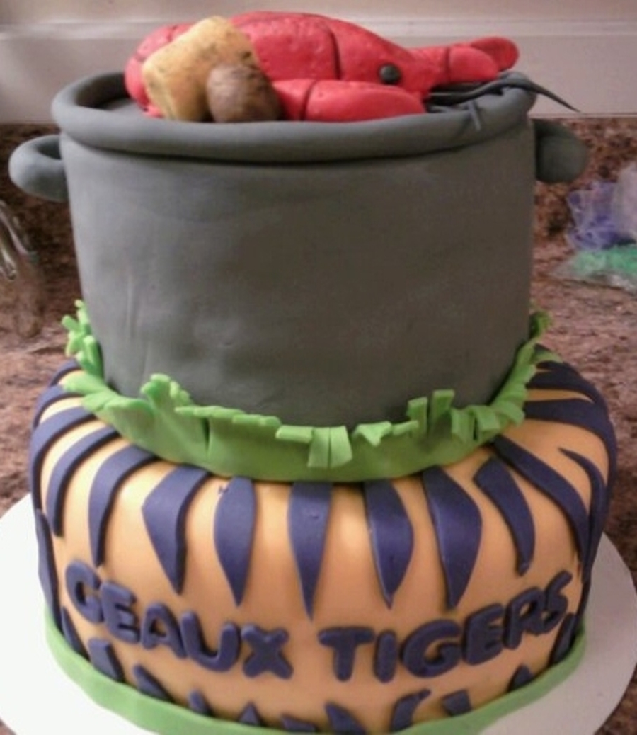 Crawfish Boil/lsu on Cake Central