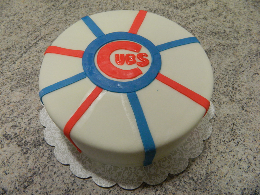 Simple Cubs Logo  on Cake Central